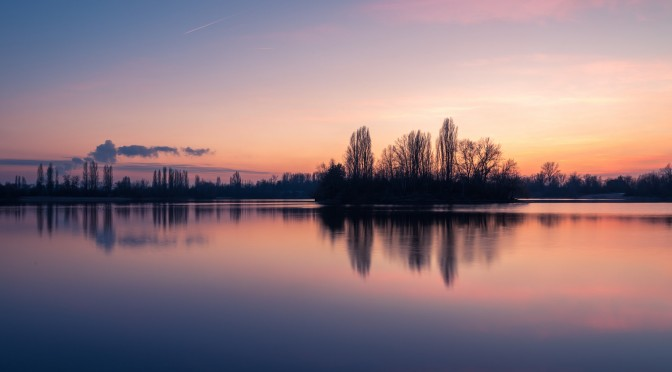 Sonnenuntergang Spiegelungen am See