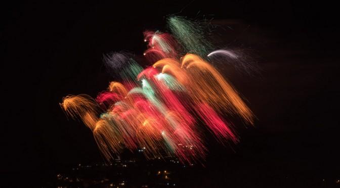 Feuerwerk Langzeitbelichtung beim Internationalen Wettbewerb in Blanes
