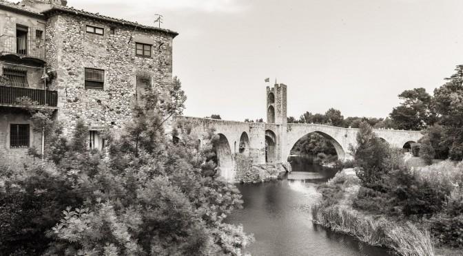 Besalu, ein schönes altes Katalonisches Städtchen